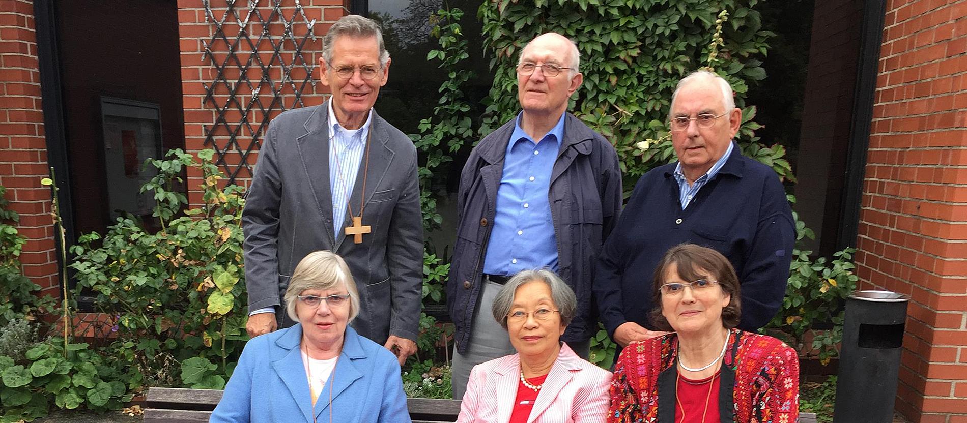 Mitglieder der Beerdigungsbruderschaft der Hamburger Josephs-Gemeinde