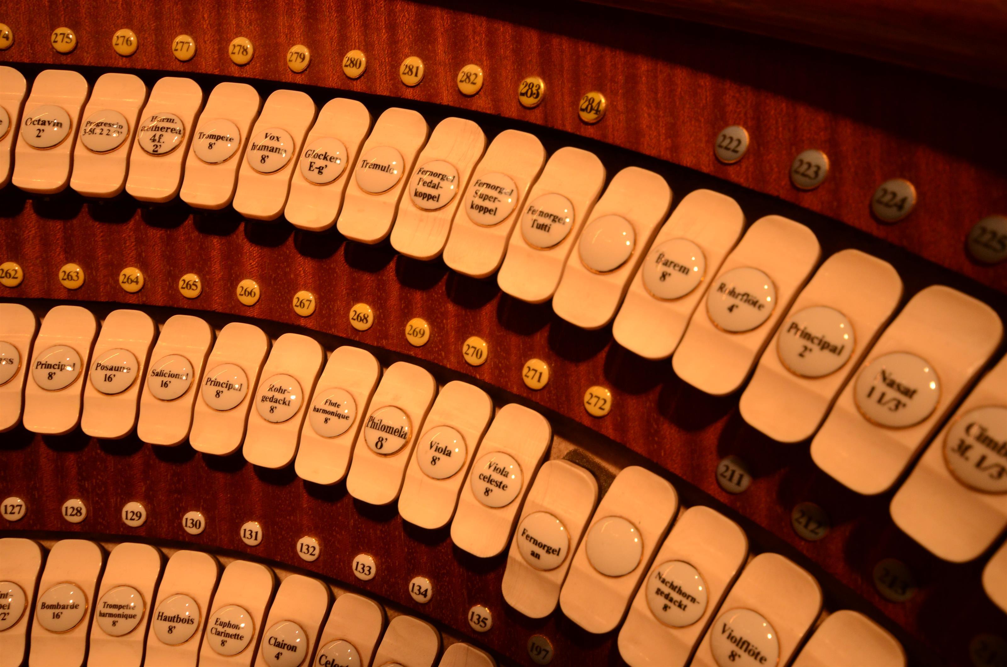 Königin der Instrumente: In der Renaissance, insbesondere aber im Barock, entwickelte sich die Orgel zum wichtigsten Instrument in der kirchlichen Liturgie.