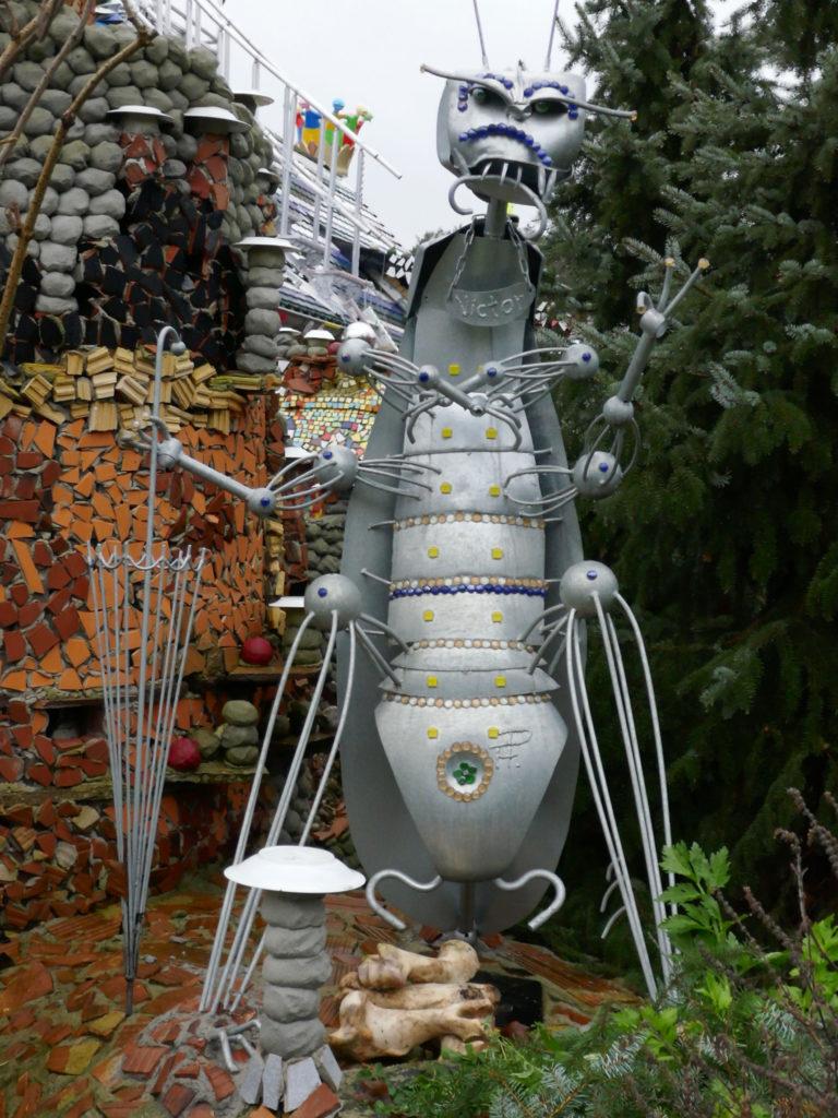 Reportage vom Schloss-Lillllipit von Hundertwasser-Verehrer Steffen Modrach